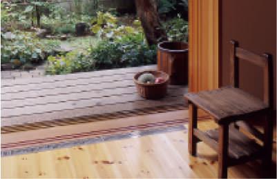 写真:シンプルで美しい自然素材の住まいづくり